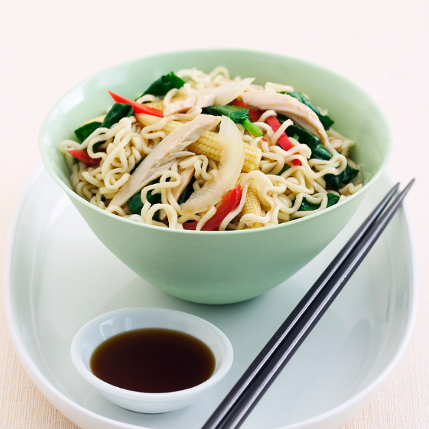 Chinese Noodles with Vegetables and Chicken