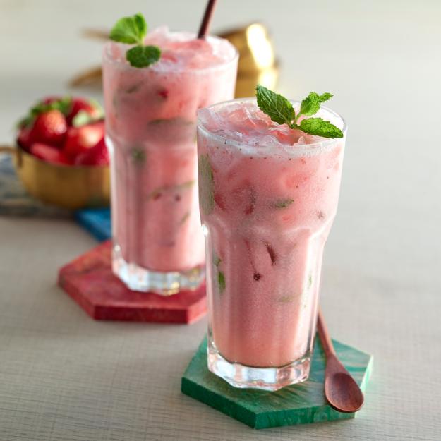 Kokosnuss-Erdbeer-Smoothie
