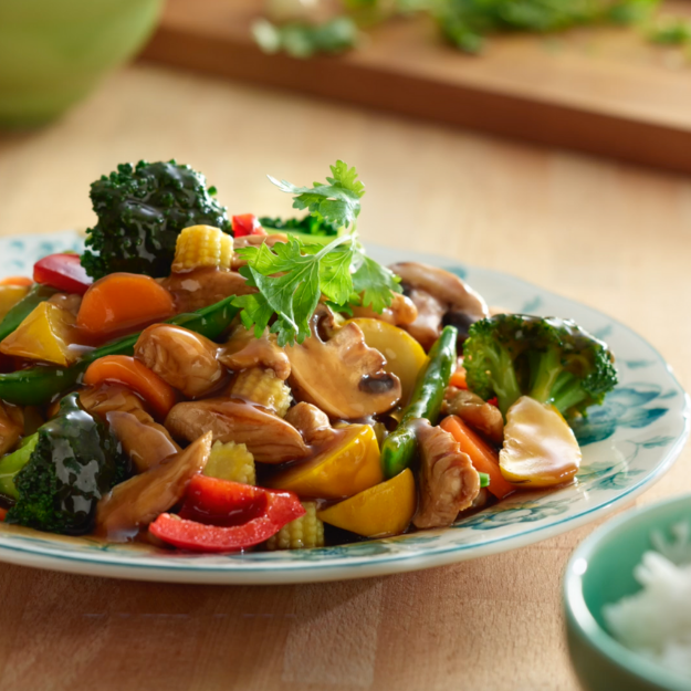 Sauteed Chicken and Vegetables Oyster Sauce