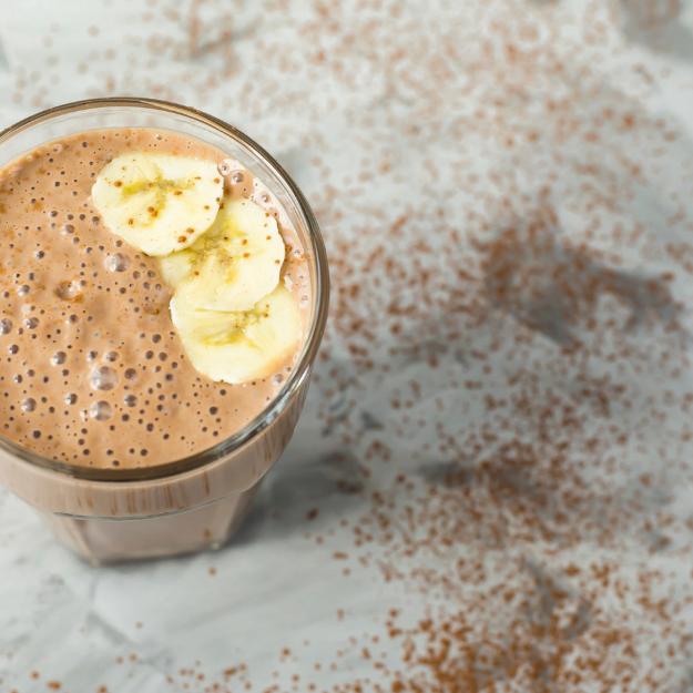 Frullato di banana e cocco al cioccolato