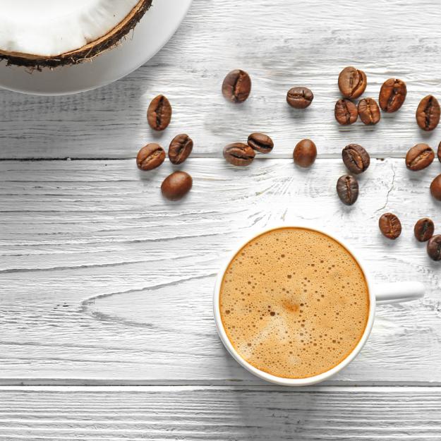 Caffè al latte di cocco